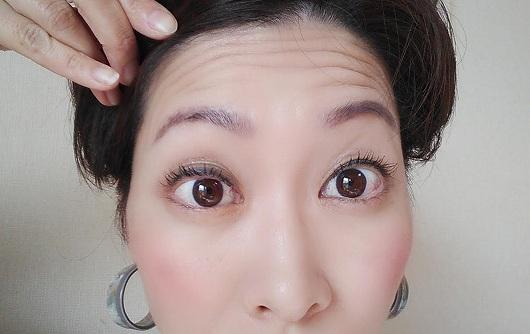 目が小さくならない顔の体操