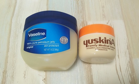 ユースキンとヴァセリン